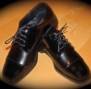 Perry Ellis Cap Toe Shoe